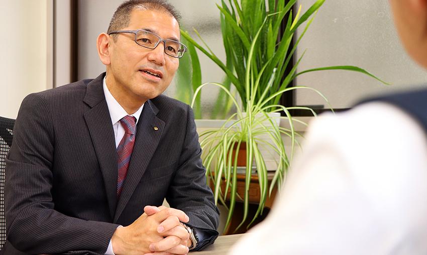 常務取締役 総務部長 小川 恵